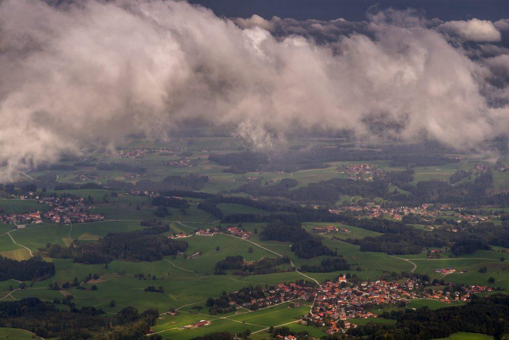 Blick von der Hochrieshütte nach Grainbach