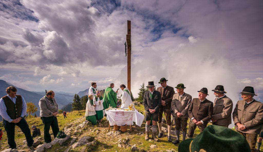 Weihe des neuen Gipfelkreuzes