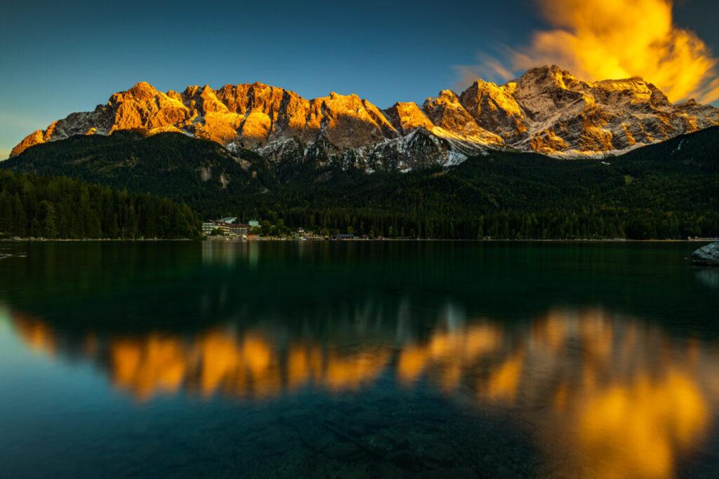Zugspitze im Alpenglühen